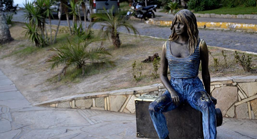 Estatua Brigitte Bardot