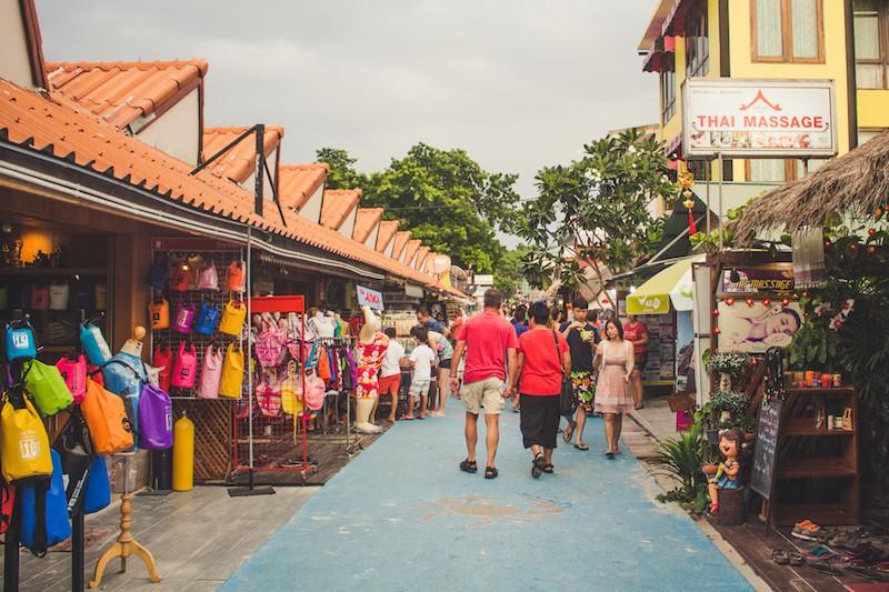 Walking Street, Koh Lipe, Tailandia