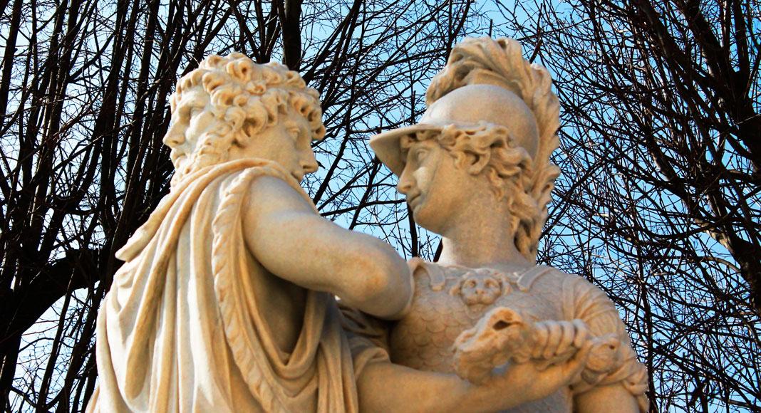 Viena: Estatua de la emperatriz Sissi ubicada en el palacio