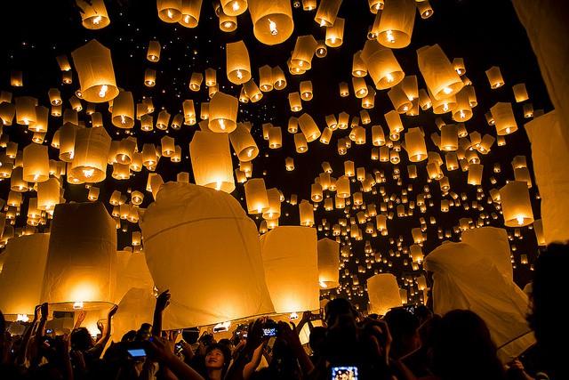 Festival Yi Peng en Tailandia