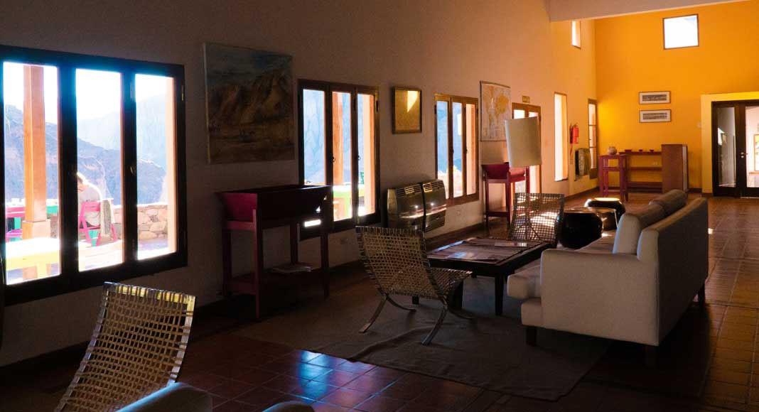 Interior del hotel Iruya