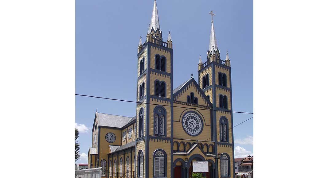 catedral san pedro y san pablo