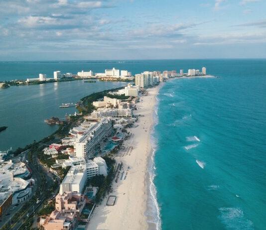 Cancún cobrará un impuesto al turista