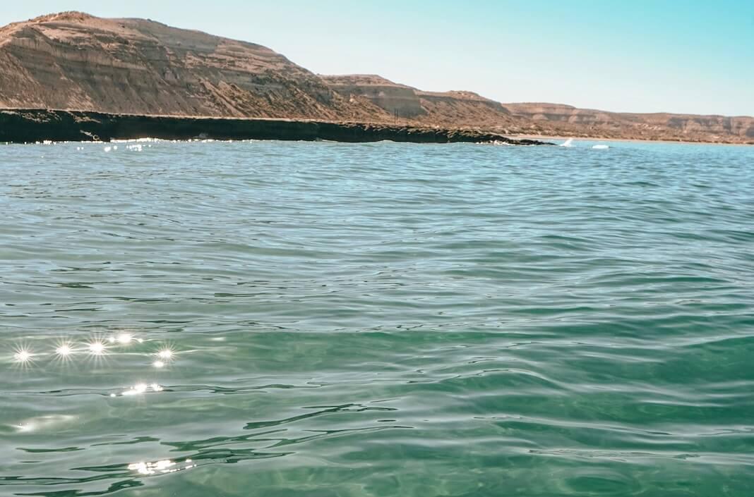 Aguas cristalinas en Puerto Madryn