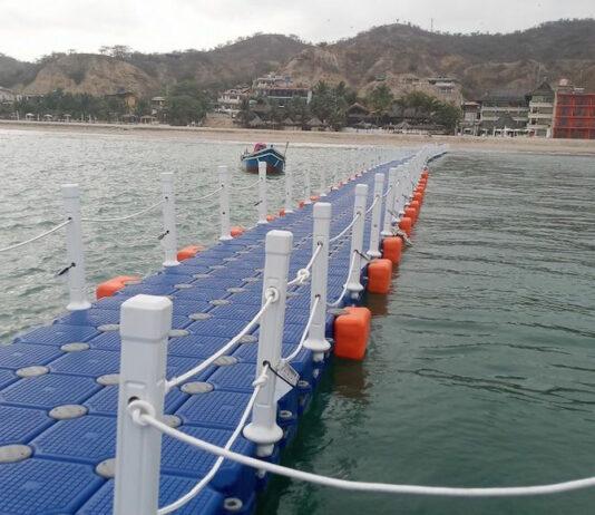 muelle flotante y ecofriendly de Perú